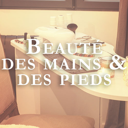Pose de vernis classique ou semi permanent au Petit Patio - Institut de beauté, place Pey Berland, Bordeaux - Louise Ledentu